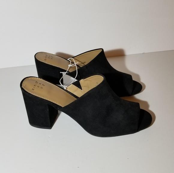 e9d4effd6bb Women s Didi Block Heel Mules